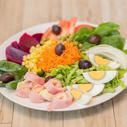 Ensalada comida vegetariana delivery a domicilio
